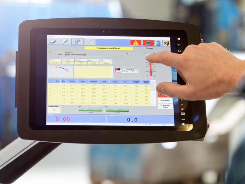PBT Tablet350 – Steuerung für Profilbiegemaschinen – Detail